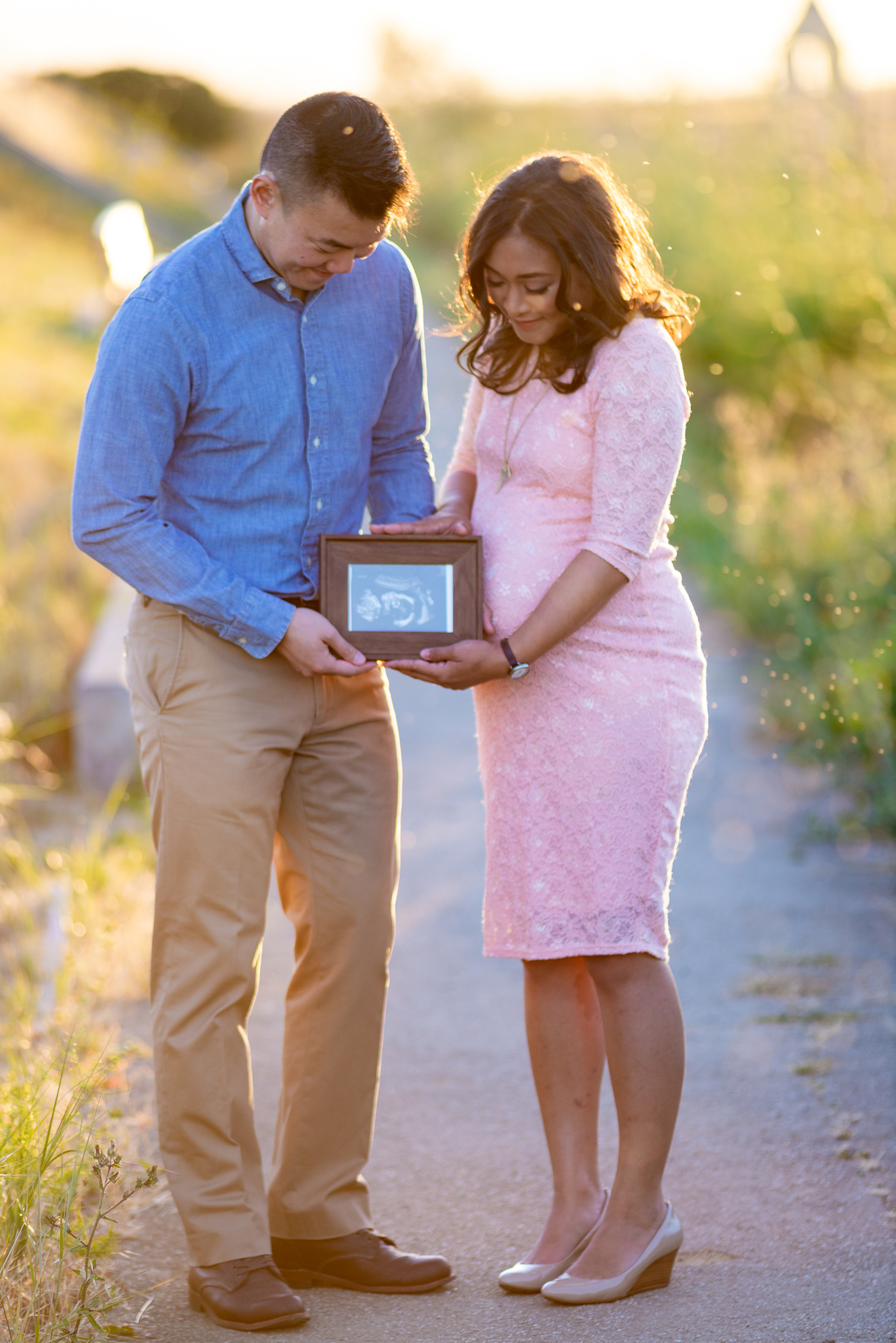 Evening Sunset Maternity Photo Shoot-16.jpg