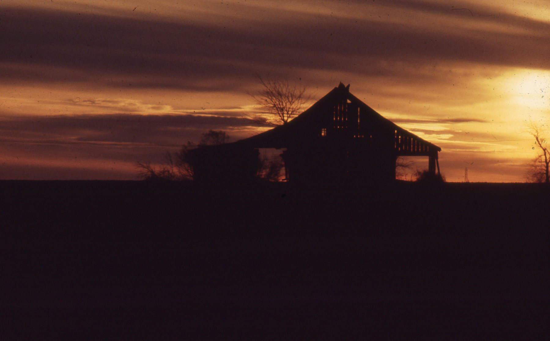 Barn South of Ft Worth 1.jpg