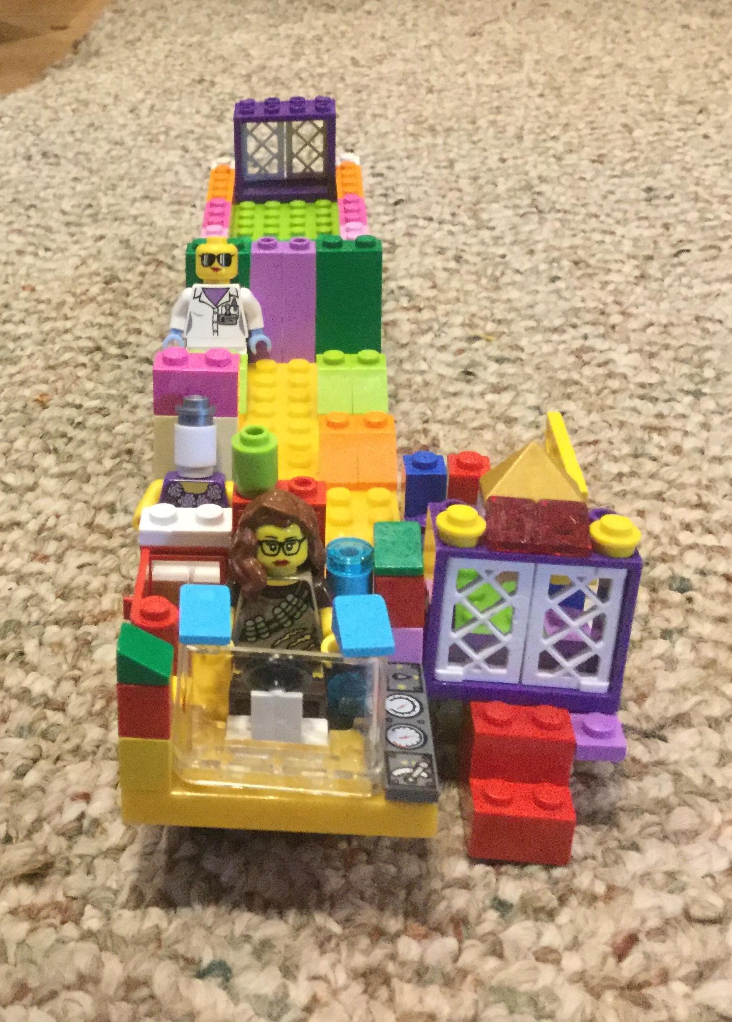 Anna's LEGO bus