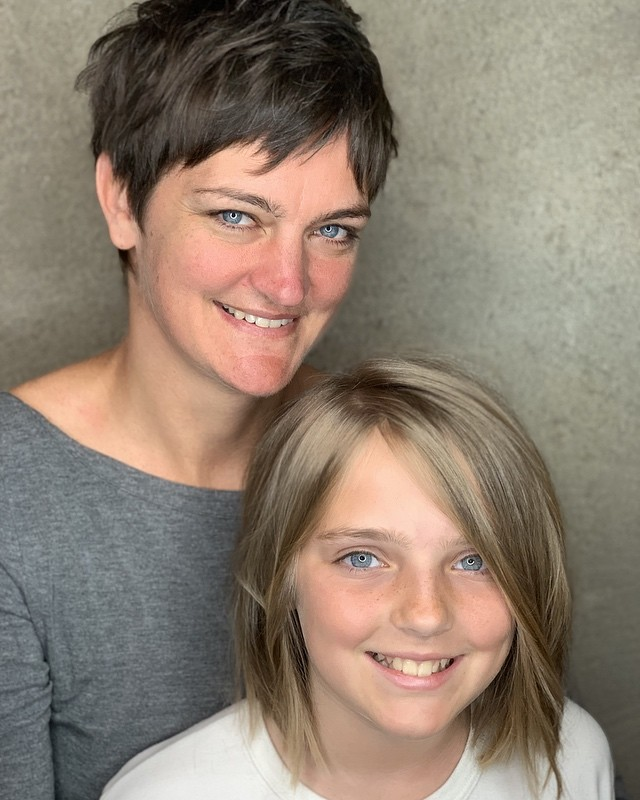 Mother daughter day! #razorcuts #davines #kevinmurphyhair #shedsalon #pixiecut #razorbob  @lisaharviehellam  cuts by Lisa