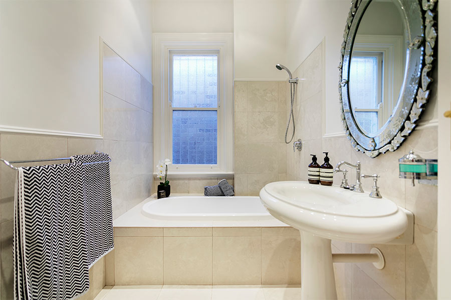 Macauley Rd Stanmore bathroom renovation