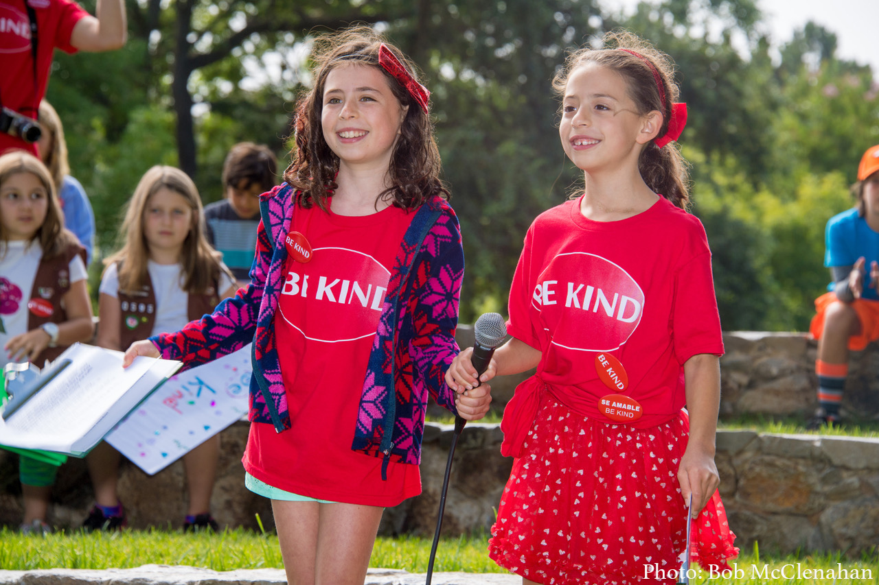 Be Kind Napa Valley founders (and sisters), Talulah and Ruby leading the Kindness Day Celebration in Yountville on July 29, 2017.