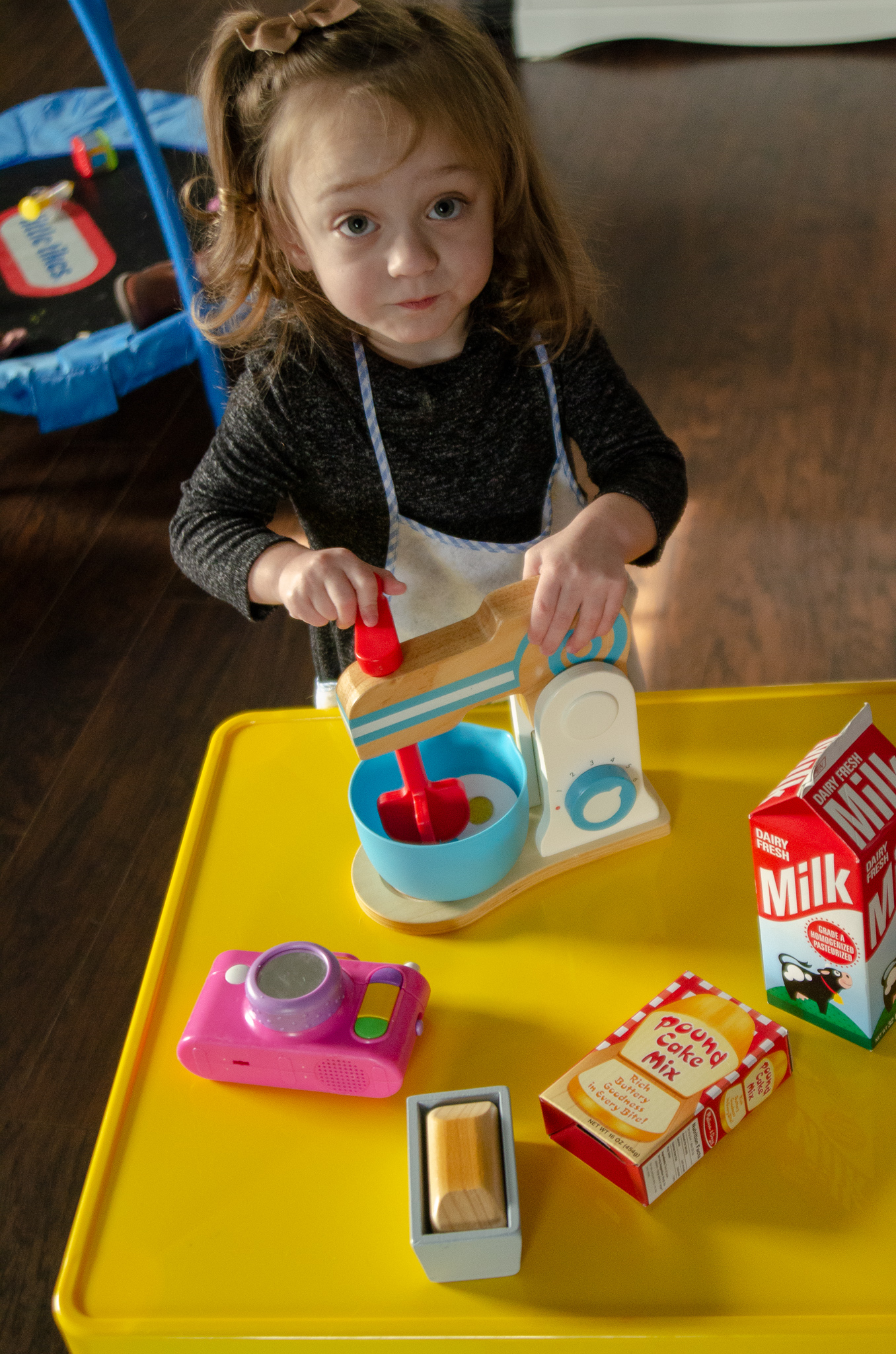 our favorite open ended toys for pretend play - she got guts