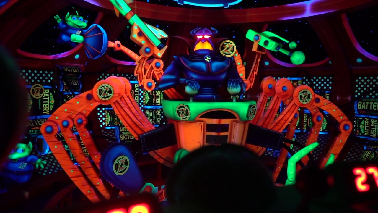 best rides for toddler- buzz lightyear space ranger spin- disney magic kingdom - she got guts.jpg