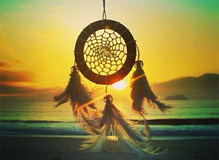dreamcatcher-meaning-native-american-history-origins.jpg