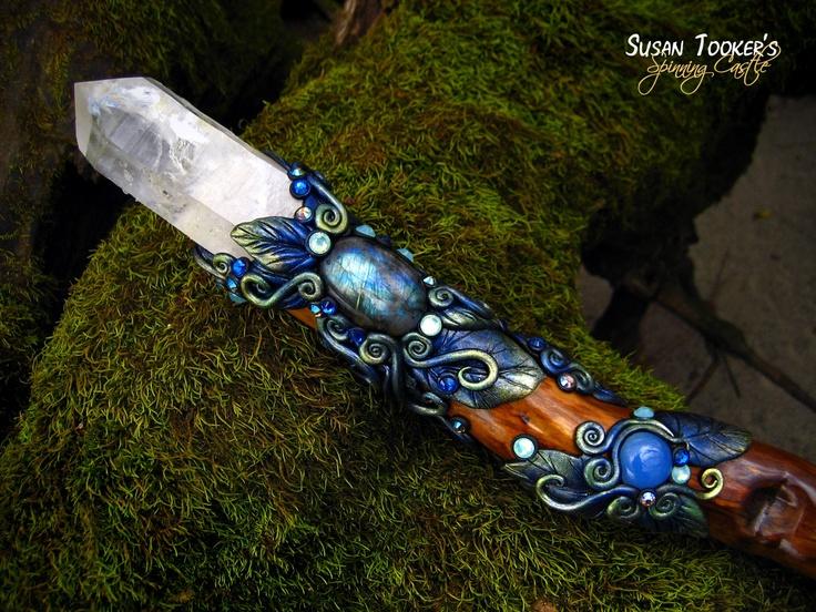 4525bad389eaaeab704b3cfc1e0867e9--blue-chalcedony-magic-wands.jpg