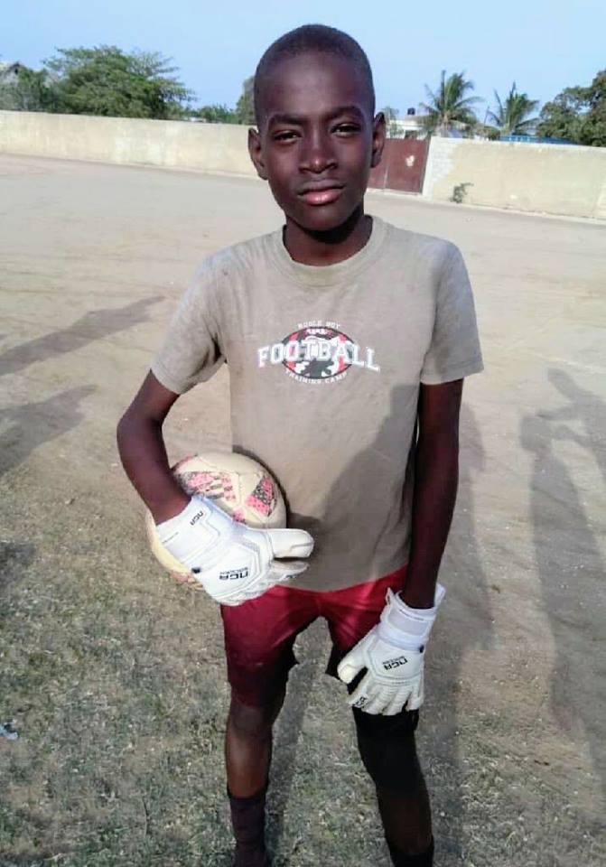 Soccer NGA Gloves.jpg