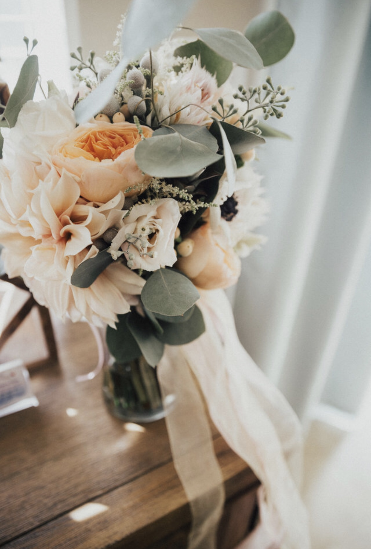 A close-up of my Bouquet. GORGEOUS.