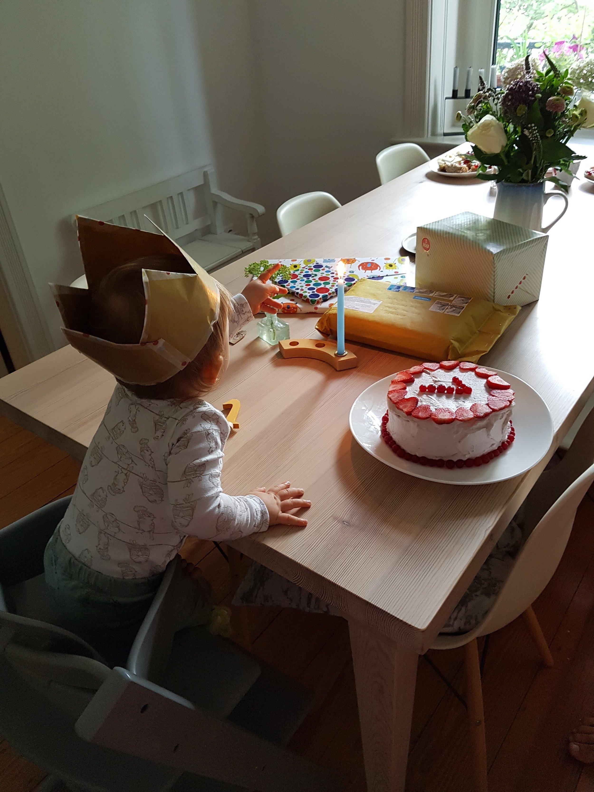 Erster Geburtstag