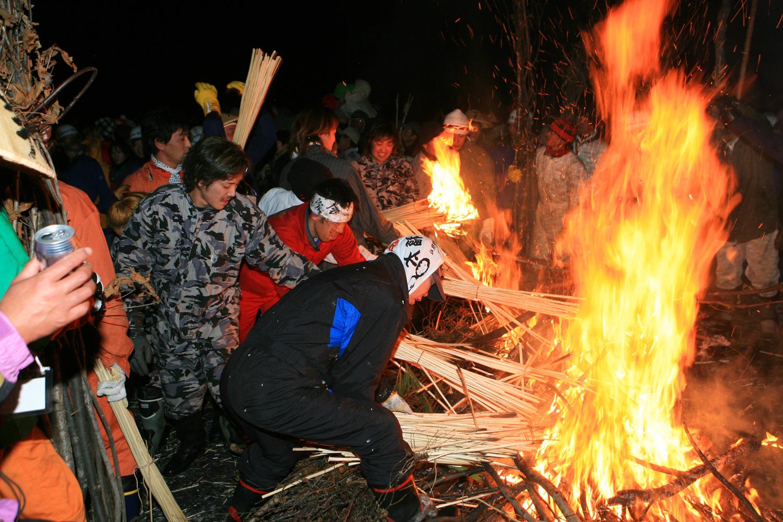 fire_festival_nozawa_photo15.jpg