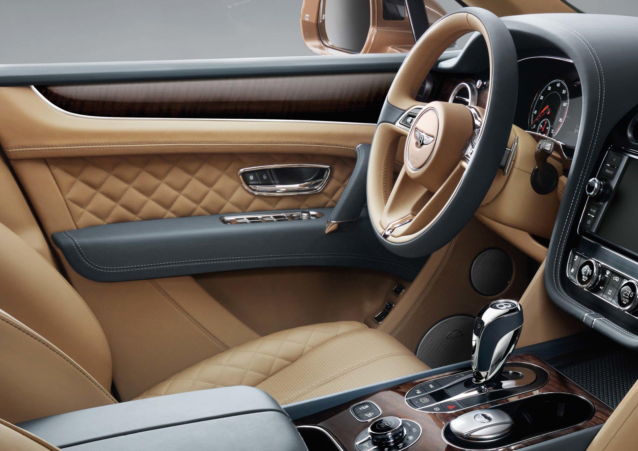Bentley Bentayga Brochure _Page_10.jpg