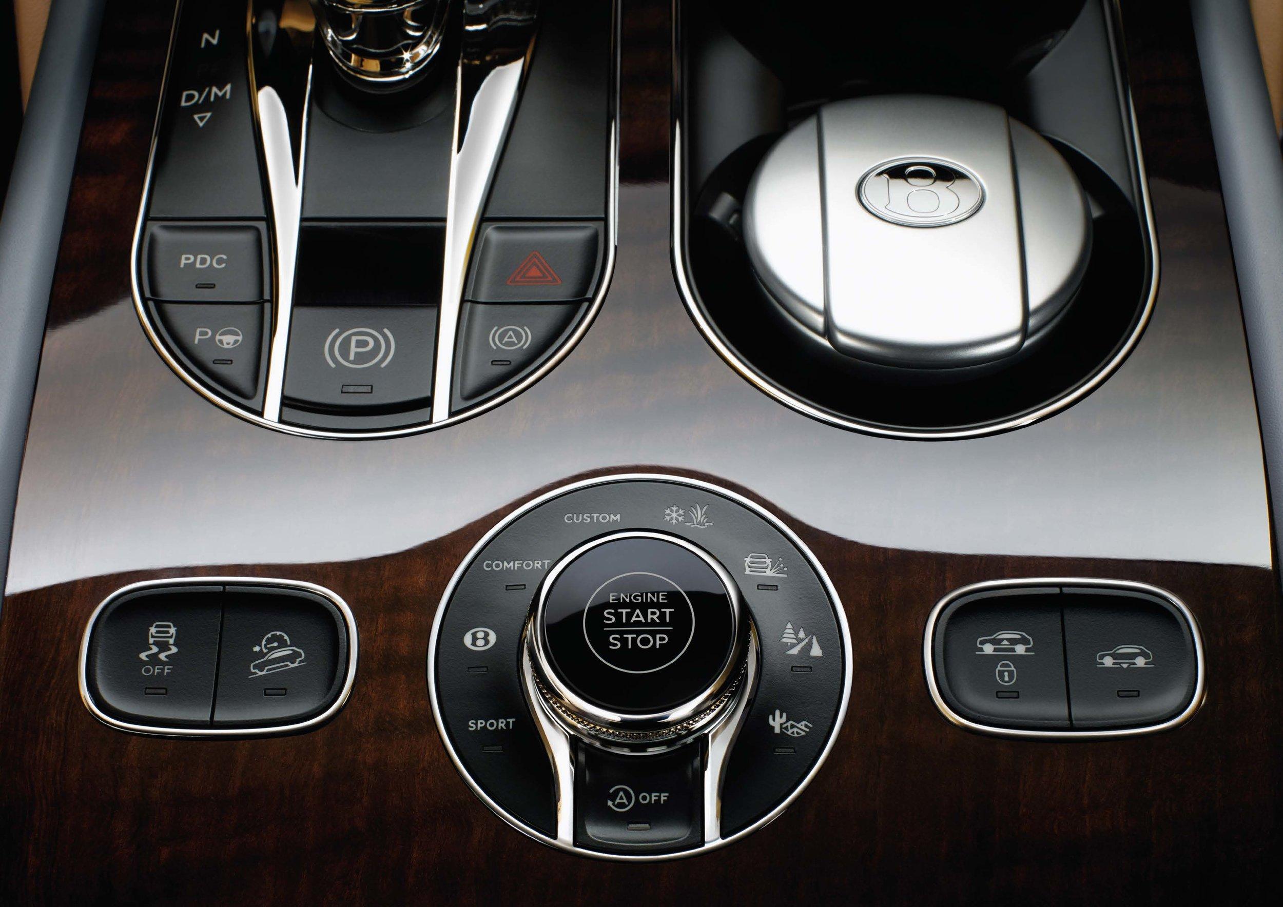Bentley Bentayga Brochure _Page_24.jpg
