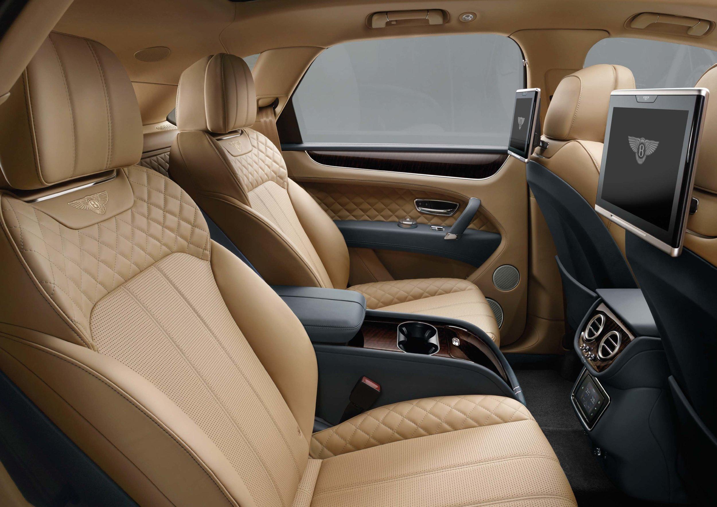 Bentley Bentayga Brochure _Page_26.jpg