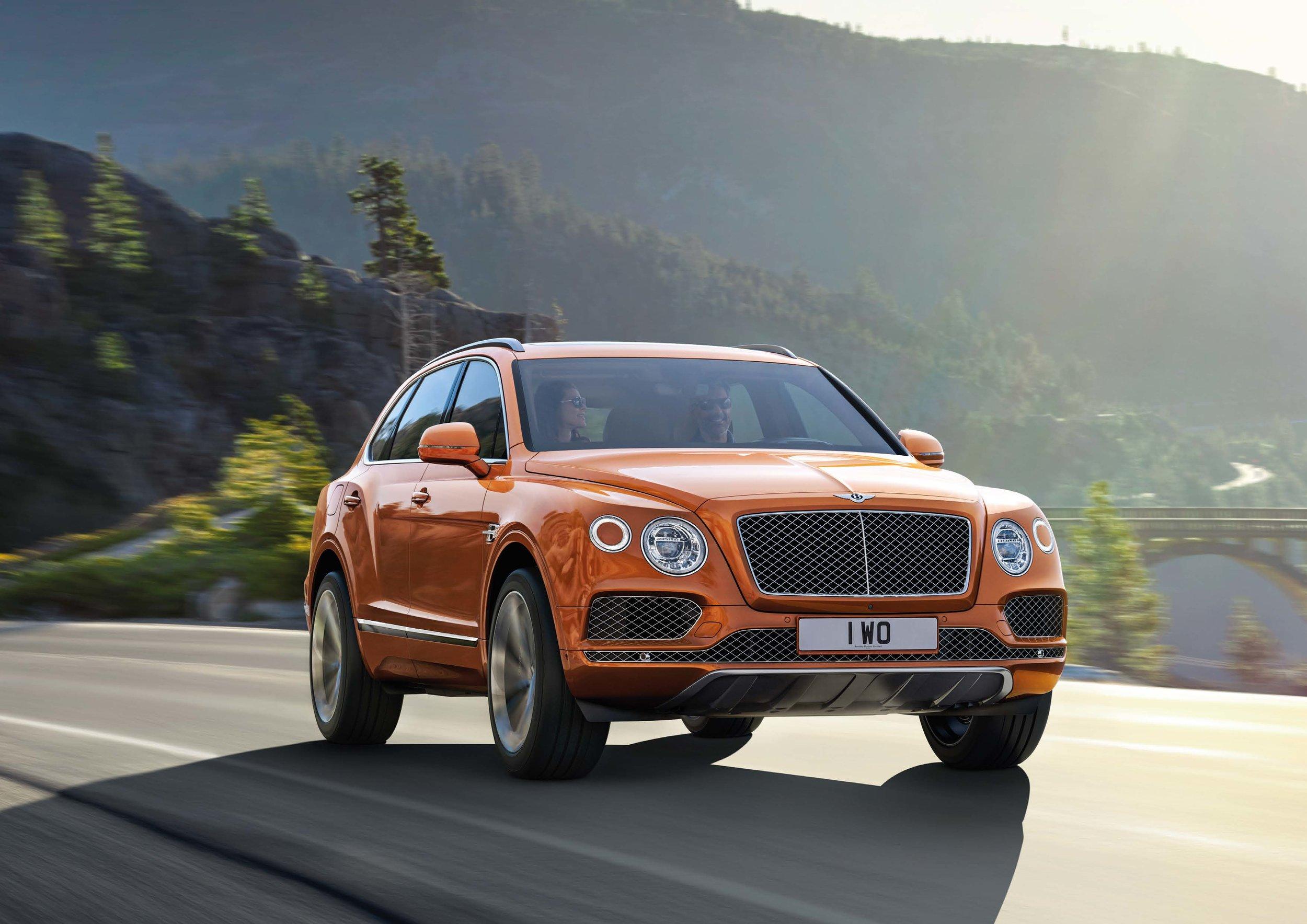 Bentley Bentayga Brochure _Page_30.jpg
