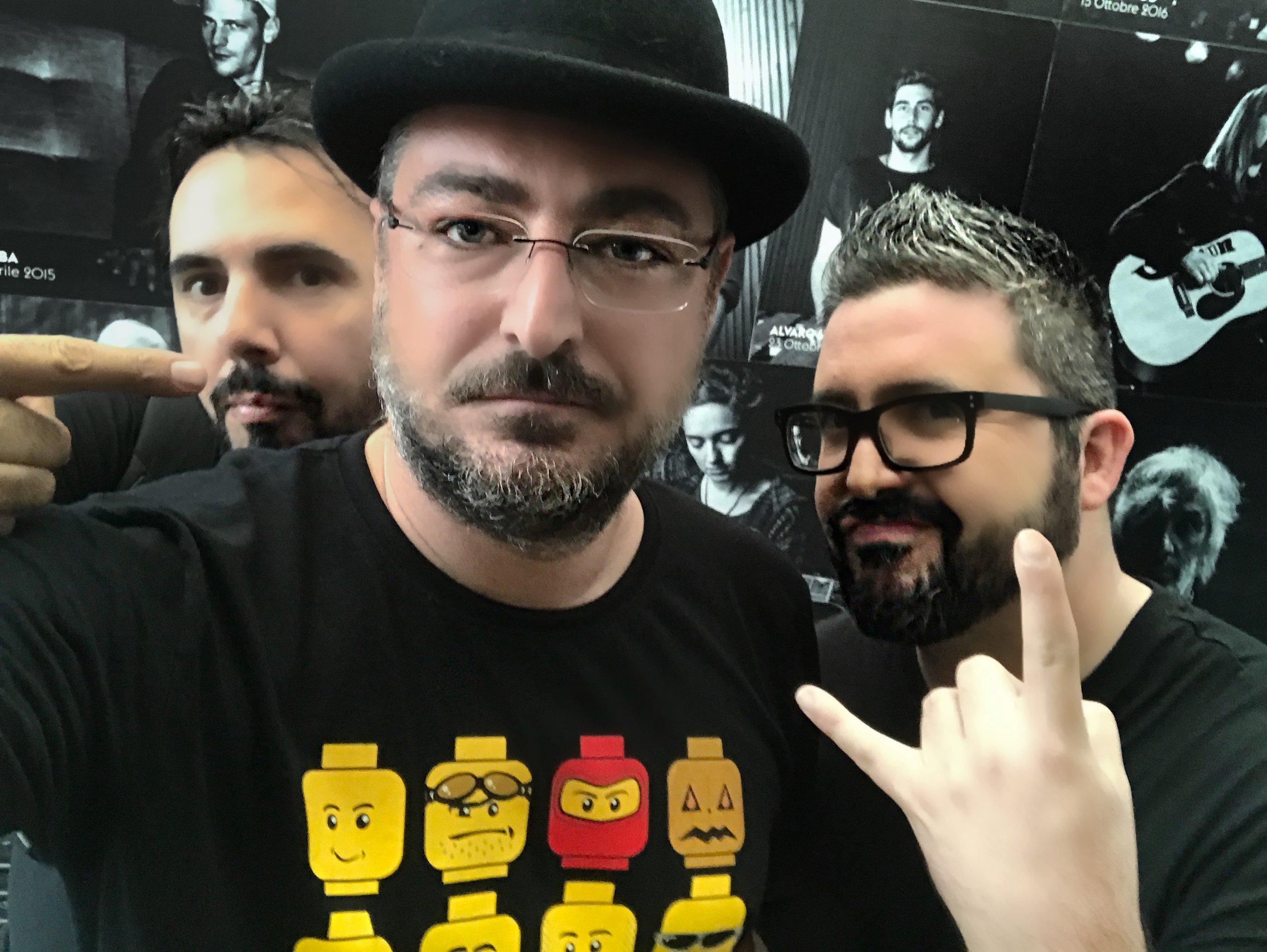 """Da sinistra: Alessandro Saiani, Filippo Giani, Morgan ICS durante le riprese del videoclip """"Siamo uguali"""""""