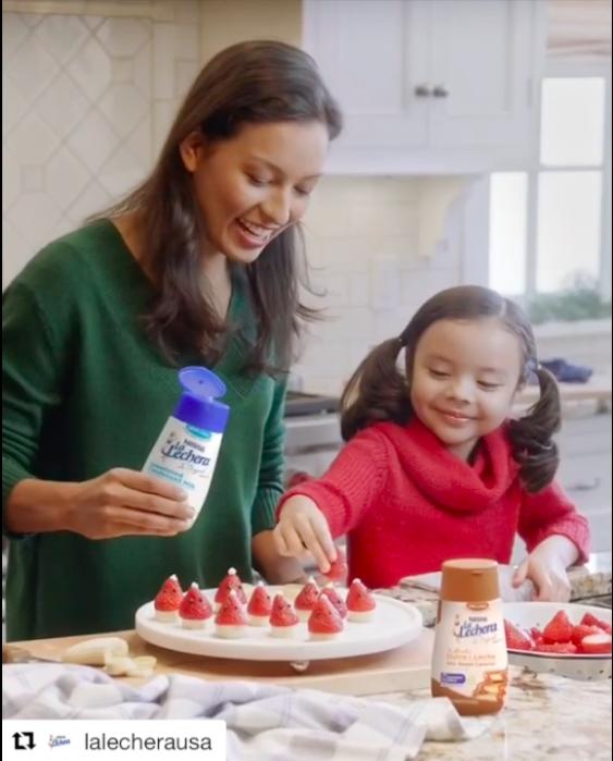 Screenshot from Nestle - La Lechera USA video
