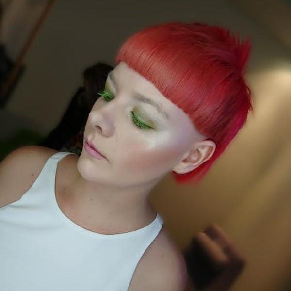 Trendvision winner, Congratulations, absolutely love my hair @niamh_niallcolganhairdressing @niallcolganhairdressing stunning makeup done by @telliottmakeup . #coral #trendvision #wellatrendvision #neon #modellife #hairmodel #shorthair #bobhaircut