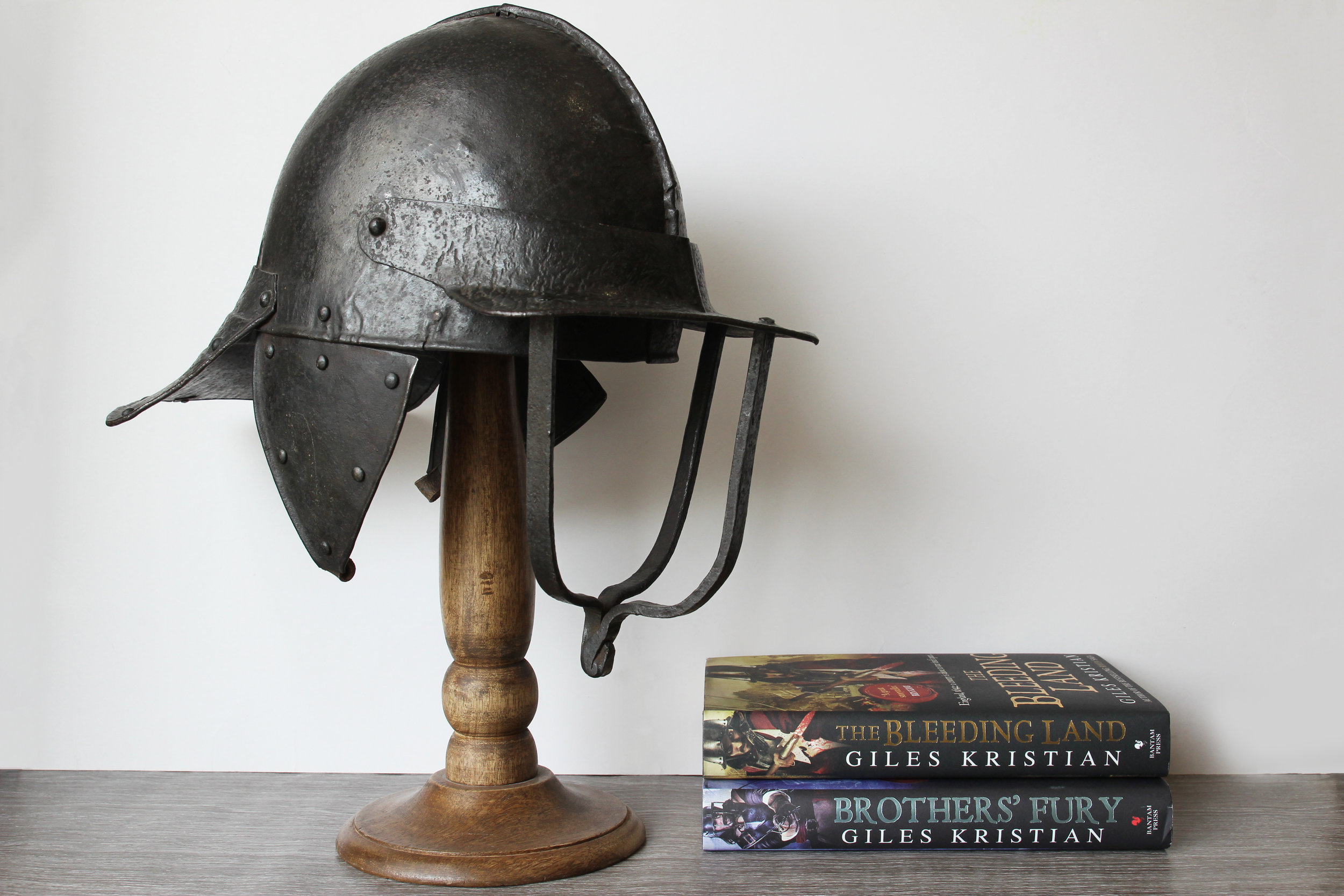 The Bleeding Land, civil war novel by Giles Kristian