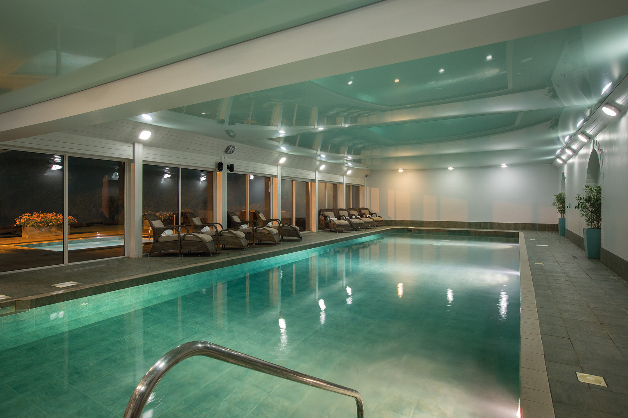 FHH_swimming-pool.jpg