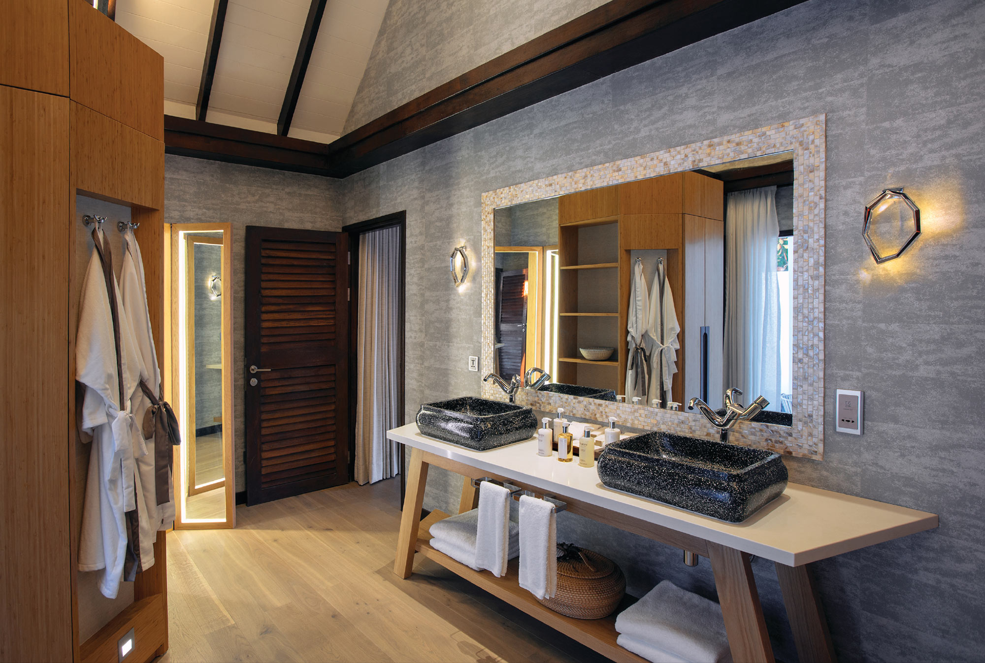 OZEN-BY-ATMOSPHERE---EARTH-VILLA-BATHROOM-INTERIOR-01_preview.jpg