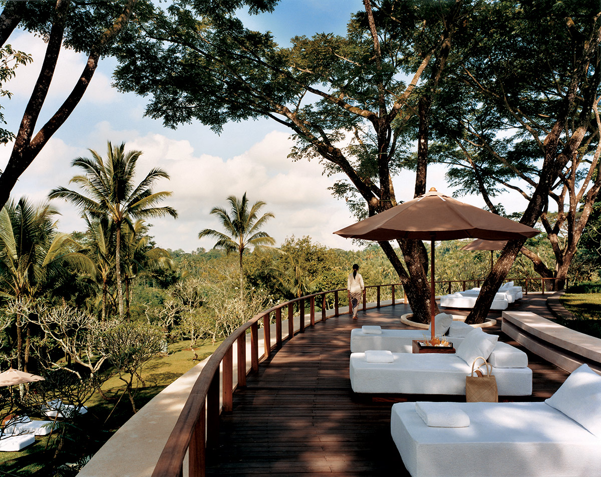 Ojas-(main-spa-area)-relaxation-area.jpg