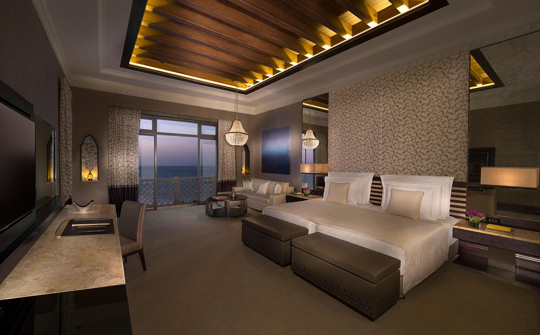 Jumeirah-Mina-A_Salam---Royal-Suite---minor-berdoom.jpg