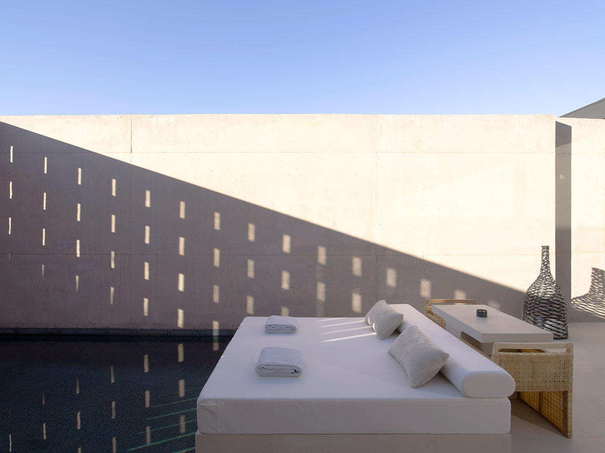 _Amangiri-Pool-Suite-Daybed_High-Res_3143.jpg