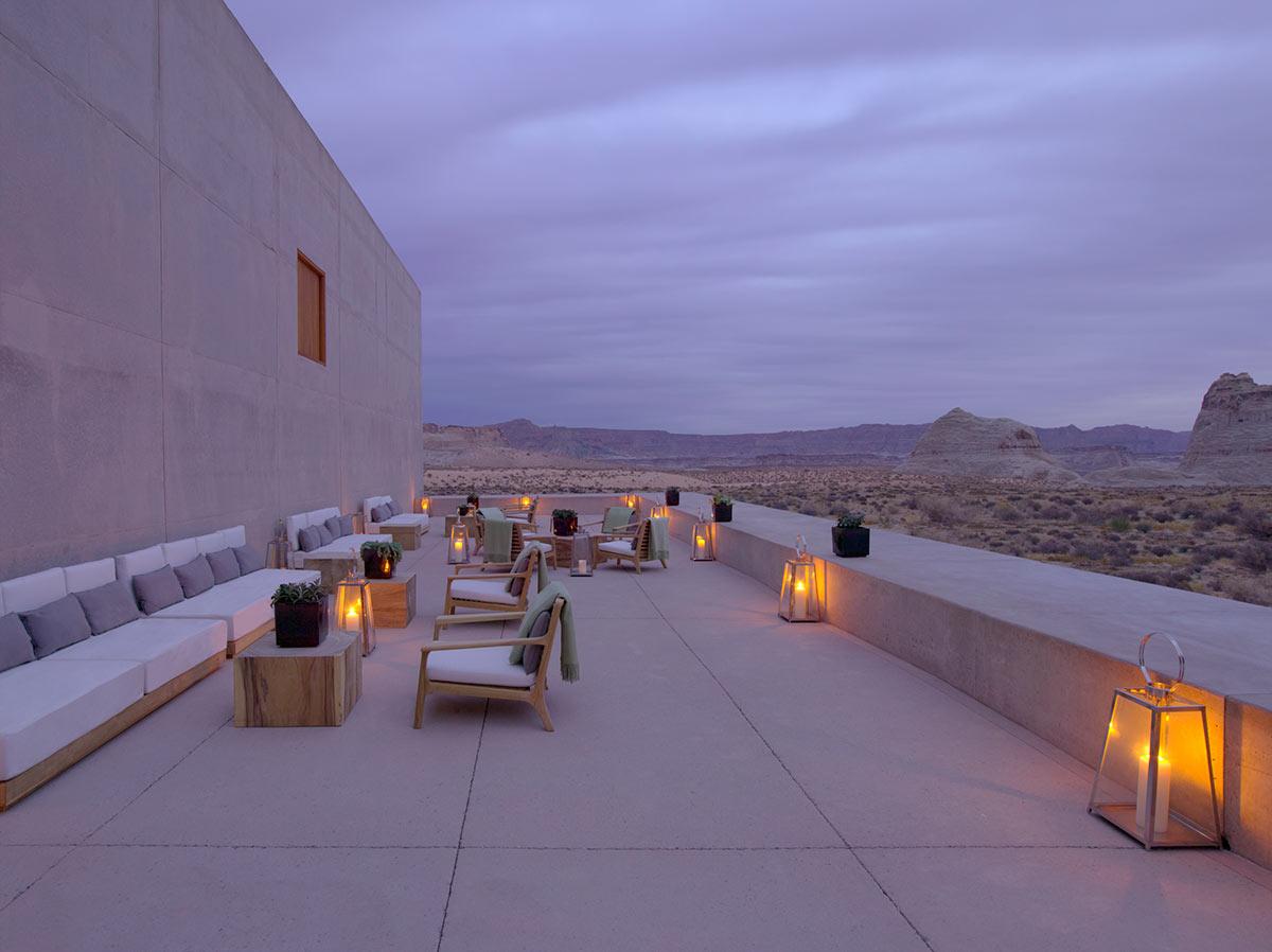 Desert-Lounge-Dusk_High-Res_3255.jpg
