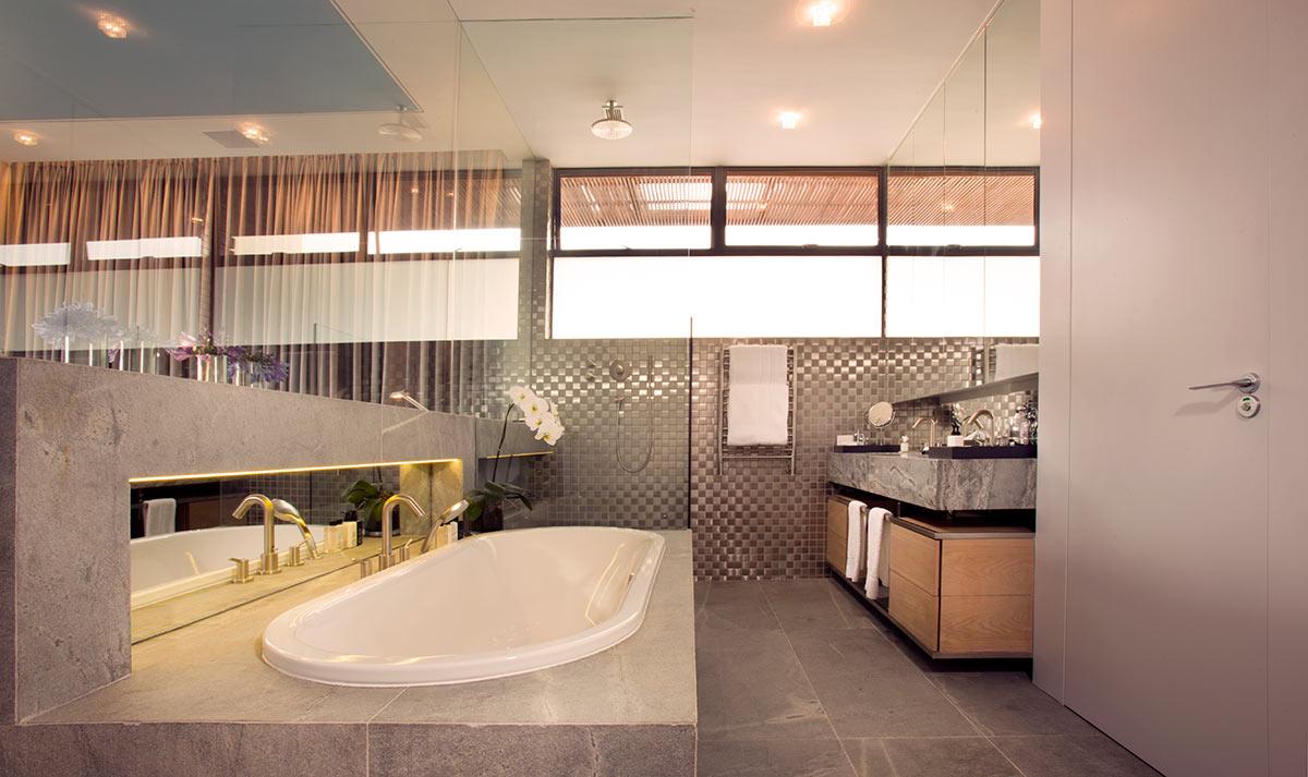 EH-Villa-Two--Bathroom-Sea-Point.jpg