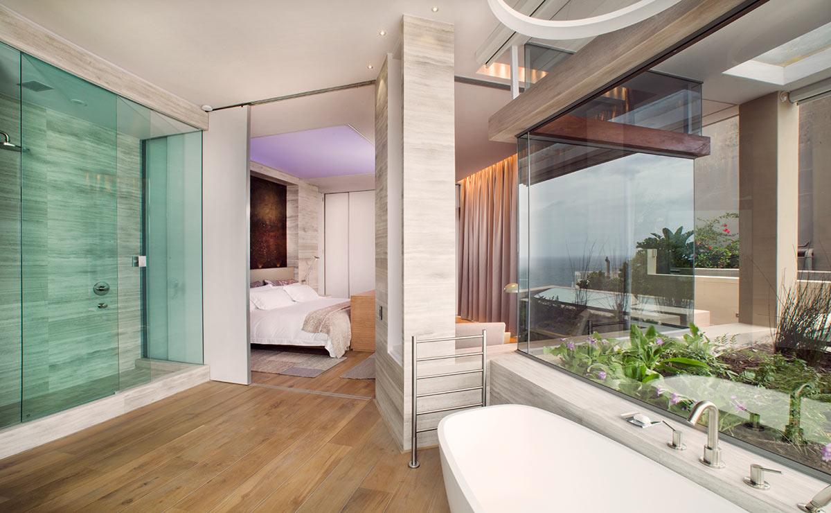 EH-Villa-Two-Bathroom-Clifton.jpg