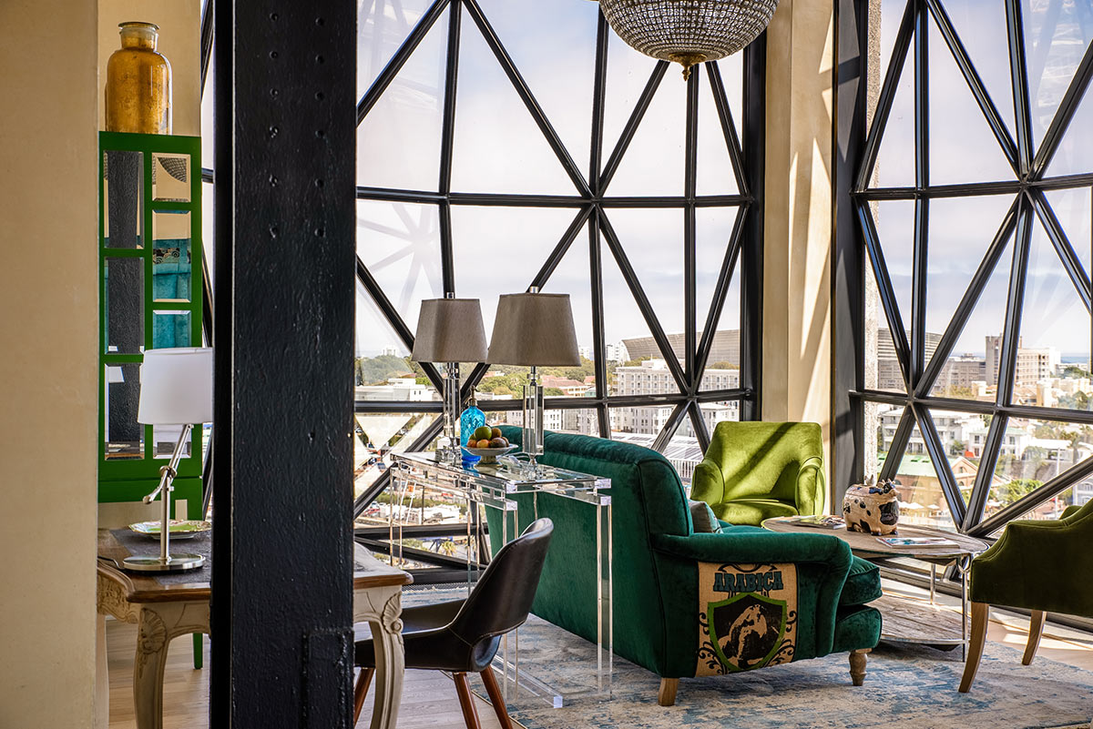 The-Silo-Hotel_Deluxe-Superior-Suite-Lounge.jpg