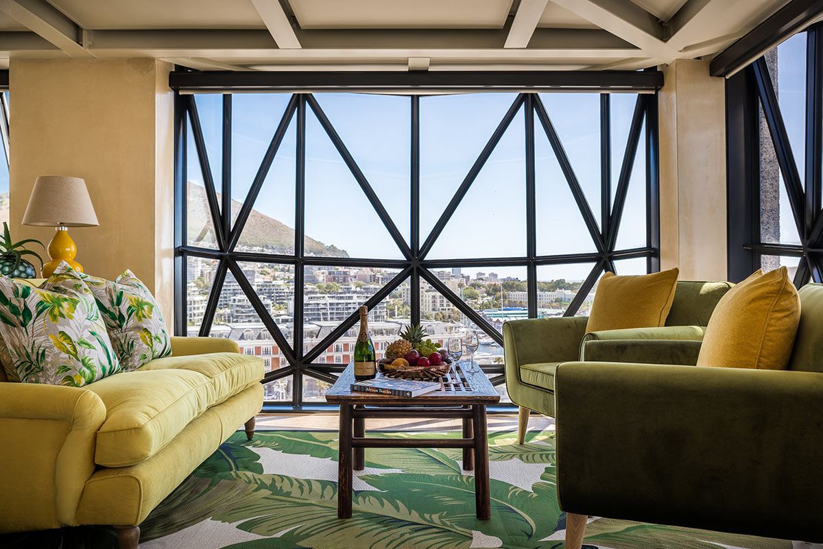 The-Silo-Hotel_Family-Suite-Lounge.jpg