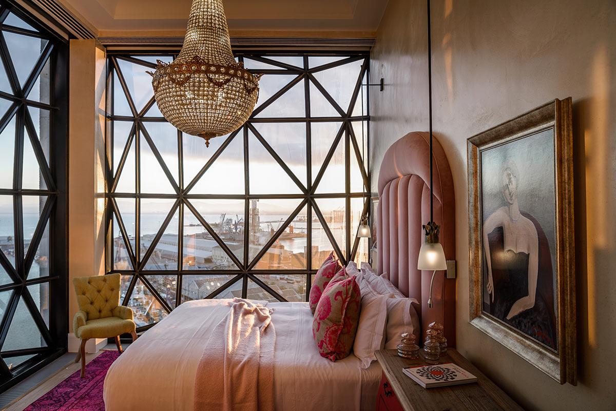 The-Silo-Hotel_Royal-Suite-Bedroom2.2.jpg
