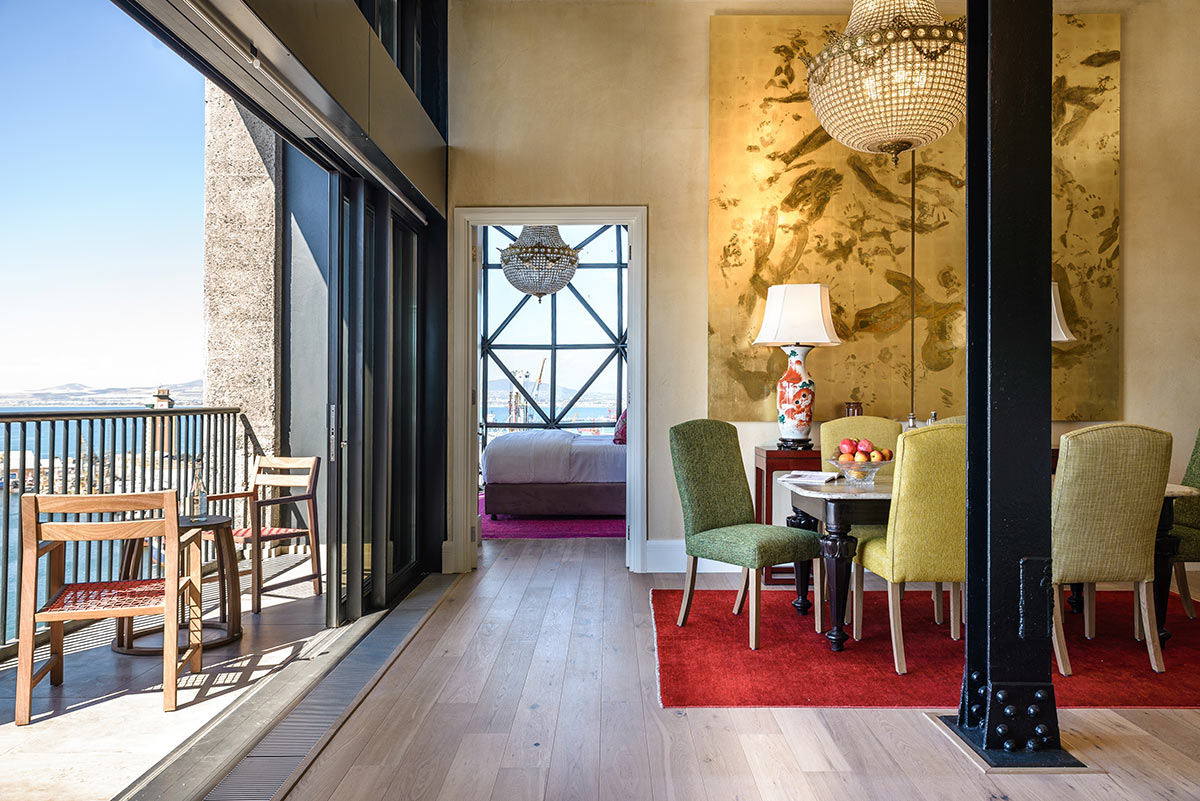 The-Silo-Hotel_Royal-Suite-Dining-Room.jpg