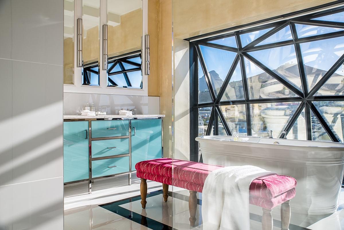 The-Silo-Hotel_Superior-Suite-Bathroom.jpg