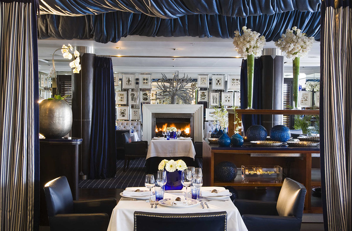 The-Twelve-Apostles-Hotel-and-Spa_Azure-Restaurant.jpg