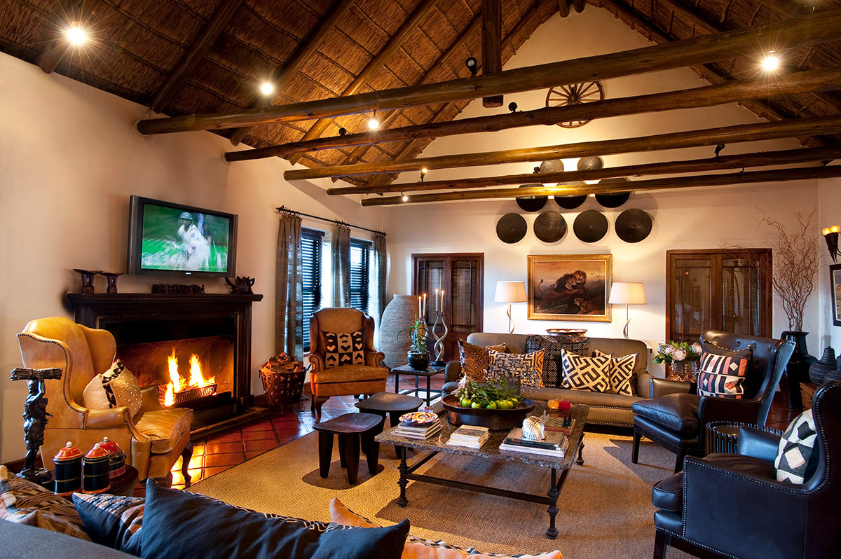 Bushmans-Kloof_Homestead-Lounge.jpg