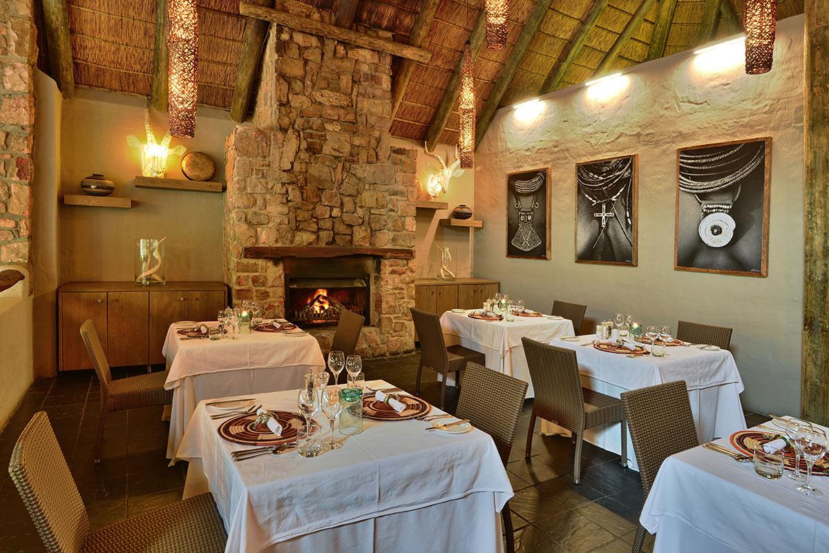 Bayethe-Tented-Lodge_Dining-Area.jpg