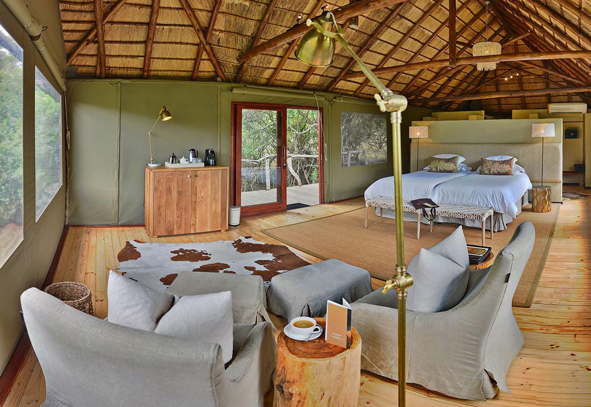 Bayethe-Tented-Lodge_Tent-Interior.jpg