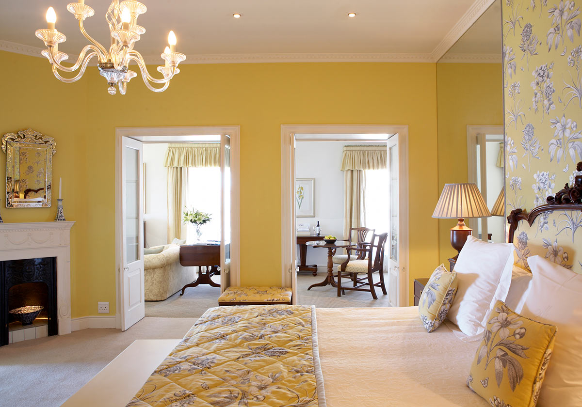 The-Marine-Hermanus_Premier-Suite-2.jpg