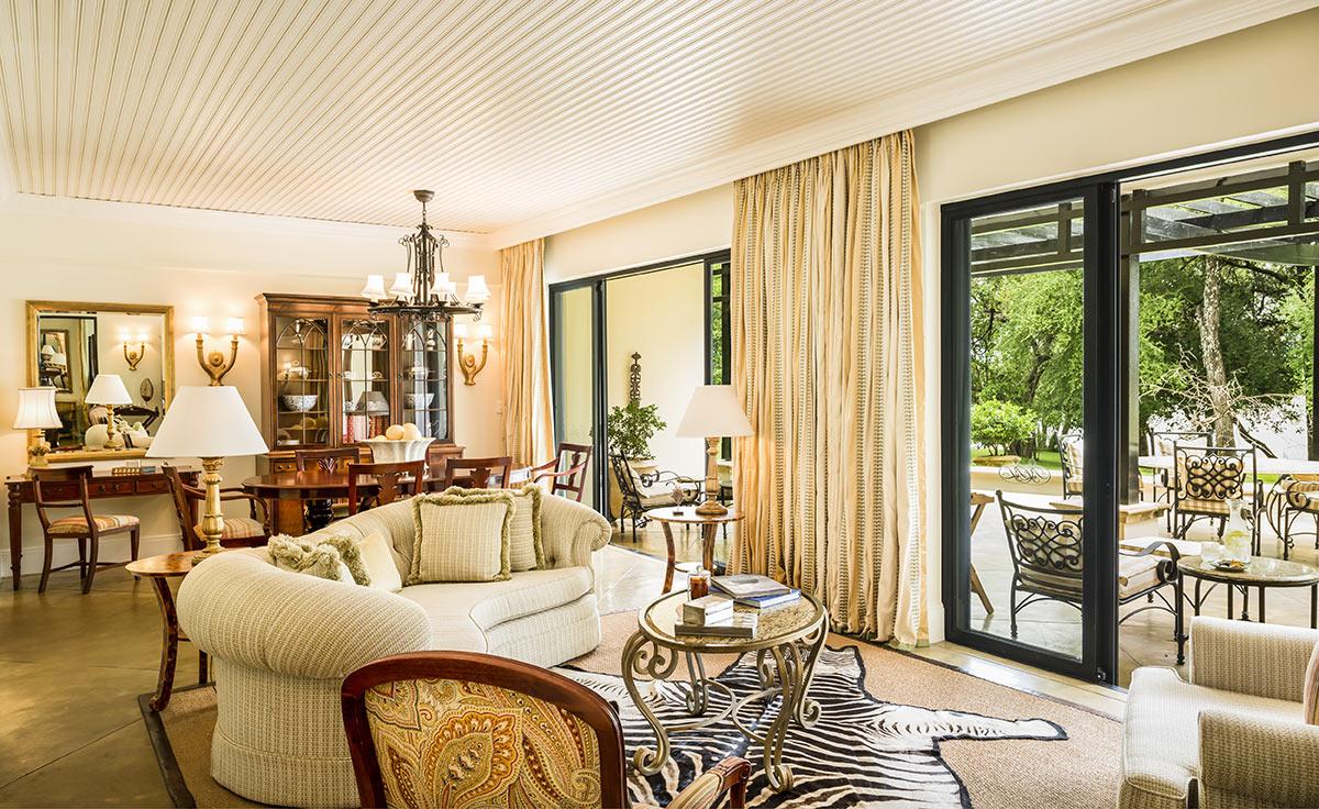 The-Royal-Livingstone-Anantara_Presidential-Suite-Lounge.jpg