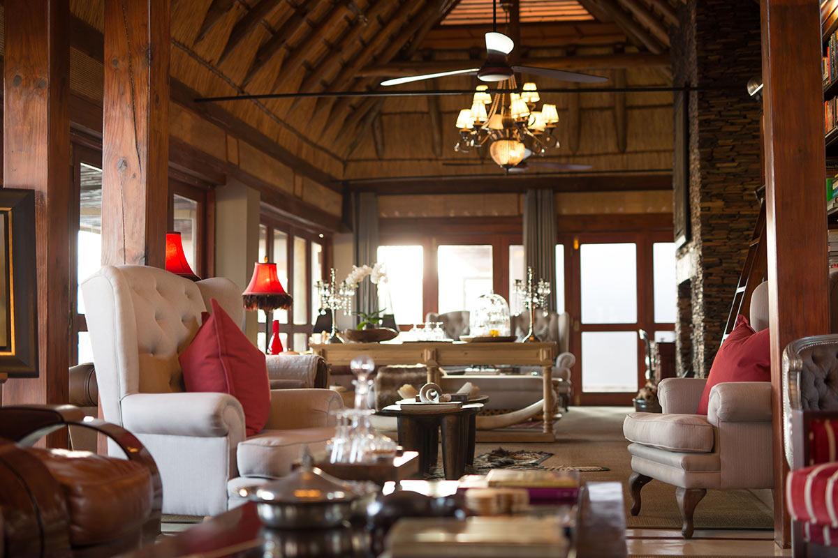 Jamala-Madikwe-Royal-Safari-Lodge_Main-Lounge-2.jpg