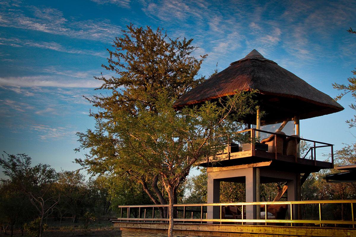 Jamala-Madikwe-Royal-Safari-Lodge_Watch-Tower-1.jpg