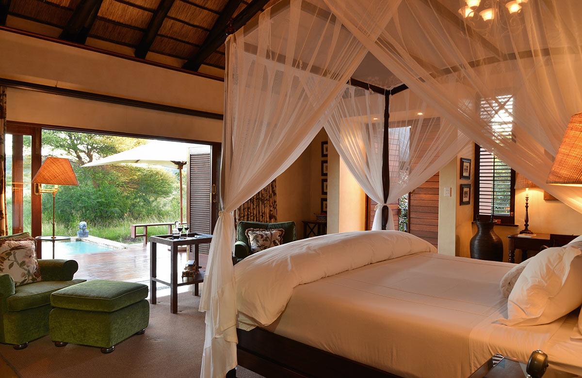 Mateya-Safari-Lodge_Suite-Interior-1.jpg