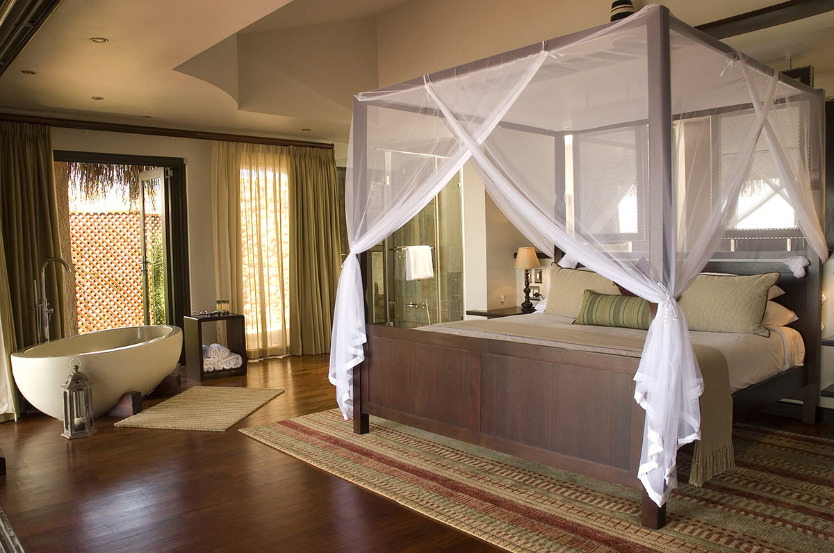 Anantara-Bazaruto-Island-Resort_Bay-View-Villa-Main-Bedroom.jpg