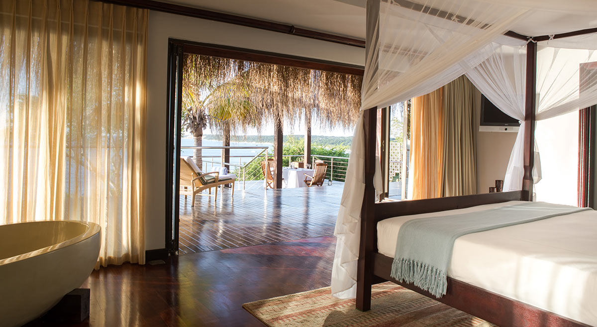 Anantara-Bazaruto-Island-Resort_Deluxe-Sea-View-Pool-Villa-Main-Bedroom.jpg