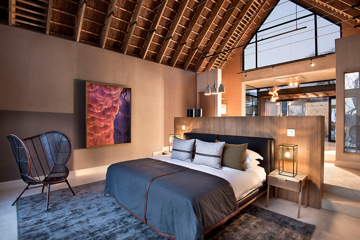Lion-Sands-Ivory-Lodge_Jacana-Suite-Bedroom.jpg
