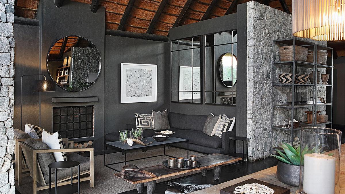 Private-Granite-Suites_Suite-Interior-(1).jpg