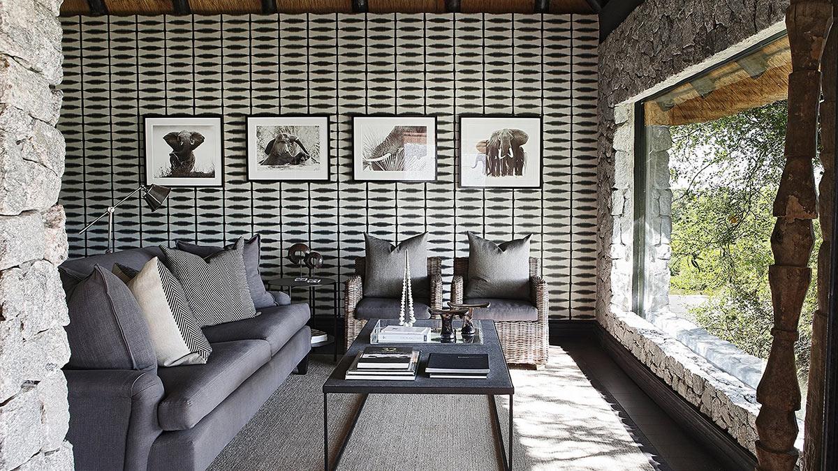Private-Granite-Suites_Suite-Interior-(2).jpg