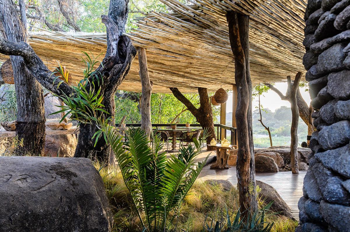 Singita-Boulders-Lodge_Main-Deck-Area.jpg